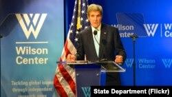 Ngoại trưởng Hoa Kỳ John Kerry phát biểu về TPP tại Trung tâm Woodrow Wilson, Washington, DC, ngày 28 tháng 9 năm 2016.