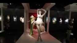 نمایشگاهی از لباس های فیلم های نامزد جوایز اسکار در موزه انستیتوی مد و طراحی شهر لس آنجس