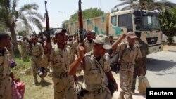 Pasukan Irak siaga di provinsi Anbar (foto: dok). Bentrokan di Anbar dengan militan ISIS menewaskan 23 tentara Irak.