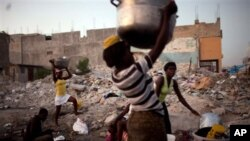 Apesar de progressos pobreza continua a ser uma realidade
