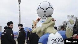 Cảnh sát Nga làm nhiệm vụ trong mùa World Cup.