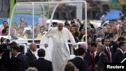 7月12日天主教教宗方濟各在巴拉圭。
