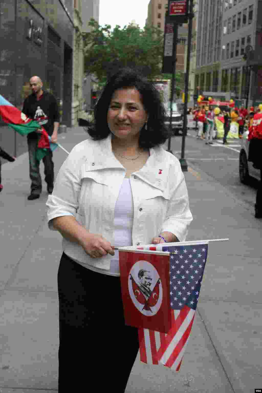 Amerika Azərbaycan Cəmiyyətinin prezidenti Tomris Azeri Nyu-Yorkda 32-ci Türk Yürüşündə