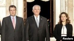 ٹلرسن کینیڈا اور جرمنی کے وزرائے خارجہ کے ہمراہ