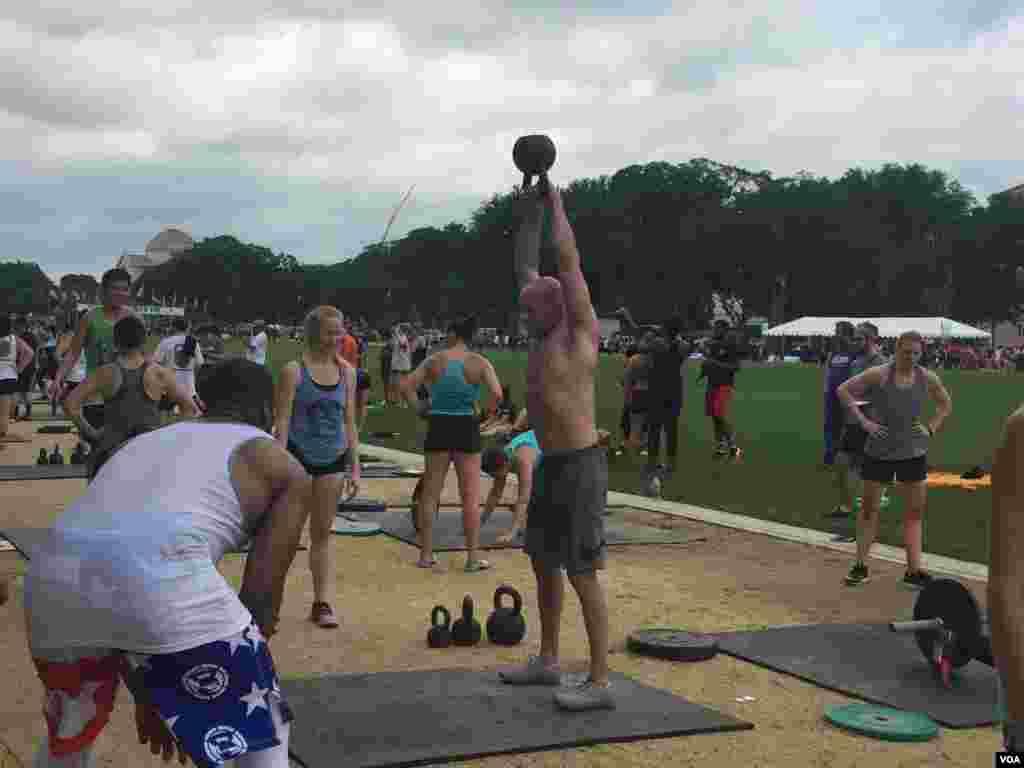هدف از برگزاری این مسابقات ایجاد مکانی برای ورزشکارانی است که می خواهند عشق به ورزش و زندگی متعادل و تناسب اندام و سلامت را با هم سهیم شوند