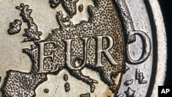 اظهارات وزیر مالیۀ امریکا در مورد بحرانات قرضه اروپا