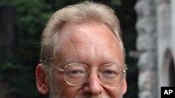 ၂၀၁၀ ေရြးေကာက္ပြဲဆုိင္ရာ ပါေမာကၡ David Williams သံုးသပ္ေဆြးေႏြး