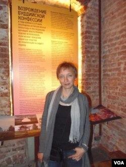 人種博物館的羅曼諾娃(美國之音白樺拍攝)