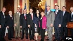 美國國會參、眾議員歡迎新任台灣駐美代表金溥聰夫婦(美國之音鍾辰芳拍攝)