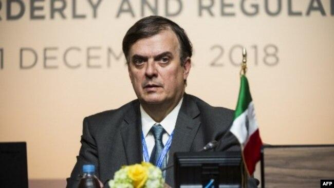 """Marcelo Ebrard, secretario de Relaciones Exteriores de México dice que Guatemala, El Salvador y Honduras decidirán sus proyectos y que se inicia """"otra etapa para ellos de fuerte respaldo internacional""""."""