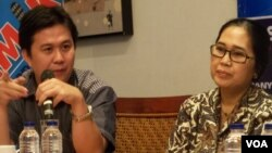 Peneliti Indonesia Corruption Watch, Ade Irawan (kiri) bersama politisi PDIP, Eva Kusuma Sundari (foto: dok).