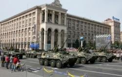Ukrainada mustaqillik ayyomi-kiyevliklar bilan suhbat-Malik Mansur lavhasi