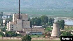 Nuklearno postrojenje u Jongbjonu, 27. juna 2008. godine (Foto: Reuters)