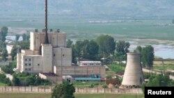 Reaktor nuklir Korea Utara di Yongbyon pada 2008. (Foto: Dok)