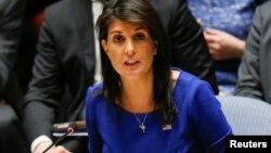 """Haley le dijo a Fox News: """"Si Assad no entiende"""" después de la lluvia de 105 misiles del viernes lanzados por Estados Unidos, Gran Bretaña y Francia a tres instalaciones sirias de armas químicas, """"les va a doler. Habrá más""""."""