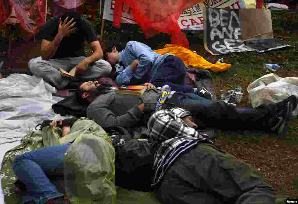 Protesters sleep in Gezi Park, Istanbul, June 13, 2013.