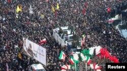 德黑蘭為蘇萊曼尼 舉行大規模追悼儀式