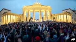Women Stage Dance Protests Around the World