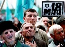 Har yili 18-may kuni qrim tatarlari 1944-yilgi mash'um quvg'in kunini xotirlaydi