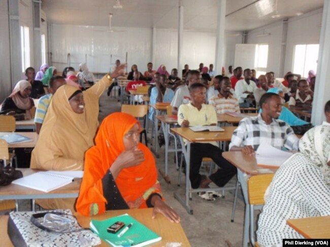 Students in a large language class in Djibouti.