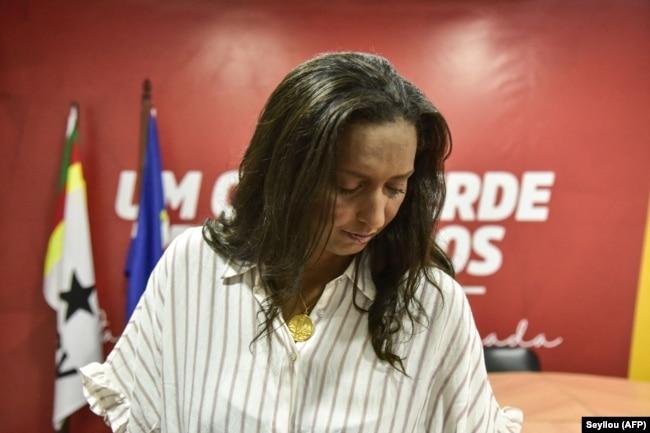 Janira Hopffer Almada, leader du PAICV, a annoncé qu'elle va démissionner suite à la défaite de son parti.