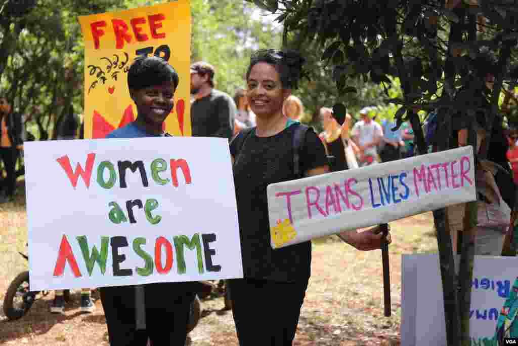 Участницы Марша женщин в Найроби, Кения.
