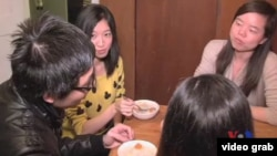 中國留學生一起吃粥
