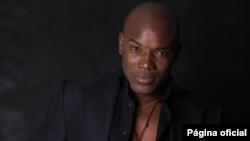 Angola Allex Kangala - estilista