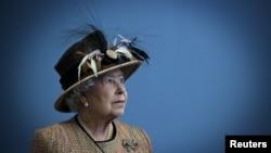 Ratu Elizabeth di London, Inggris, 29 Februari 2012 (Foto: dok).