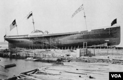 The SS Great Republic, one of the ships that carried Chinese students to America, being built in 1866 (Public domain image)