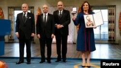 El grupo ganador está conformado por el cuarteto del Sindicato General de Trabajadores Tunecinos, la Confederación Tunecina de la Industria, el Comercio y la Artesanía, la Liga Tunecina de Derechos Humanos y la Orden Tunecina de Abogados.