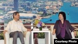 張志軍和高雄市長陳菊進行會晤(陸委會提供)