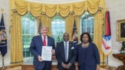 Ambasaderi w'Uburundi i Washington DC Yaganiriye Iki n'umwe mu Bategetsi b'Amerika?