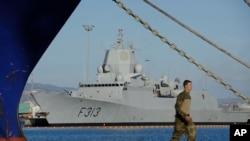 Норвежский фрегат HNOMS Helge Ingstad. Кипр, порт Лимассол (архивное фото)