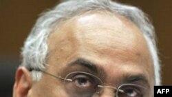 Chủ tịch công ty S&P Deven Sharma