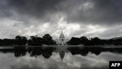 Politika e jashtme, çështje anësore në zgjedhjet e 2 nëntorit