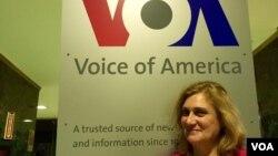 Ana Guedes, directora do Serviço em Português da Voz da América. Dezembro, 18, 2014. VOA, Washington DC