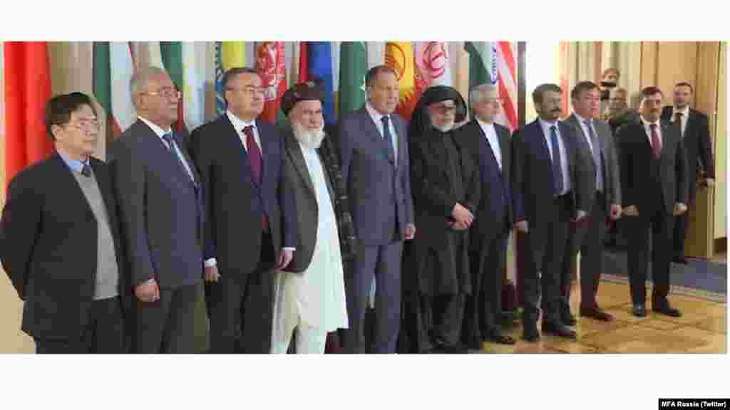 برگزاری دومین نشست کنفرانس صلح افغانستان با میزبانی روسیه و اشتراک نمایندگان شورای عالی صلح، نمایندگان طالبان و نمایندگان کشورهای چین، پاکستان، هند و ایران