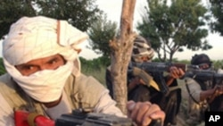 전투를 벌이는 탈레반 무장요원들