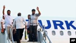 IŞİD tarafından rehin tutulduktan sonra serbest bırakılan Türk TIR şoförleri