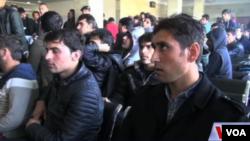 شش نفر از برگشت داده شدگان شهروندان پاکستانی اند.