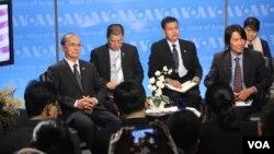 تین سین، رئیس جمهوری برمه روز یکشنبه از صدای آمریکا دیدار کرد. (19 مه 2013)