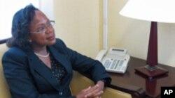 Adrienne O´Neil, embaixadora dos EUA em Cabo Verde.