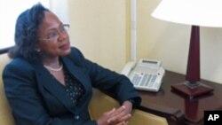 Adrienne O´Neal, embaixadora dos EUA em Cabo Verde.