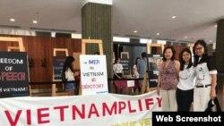 Dân biểu Canada Anne Minh Thư Quach (bìa phải) tham dự một sự kiện nhân quyền cho Việt Nam (Ảnh Twitter Anne Minh Thu Quach)