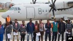 Grupa izbeglica iz Eritreje avionom italijanske finansijske policije otputovala je za Švedsku.
