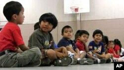 Muchos de los niños que ingresaron al país en el 2014 se encuentran con familiares en distintas partes del país a la espera de que sus casos de asilo sean aprobados.