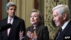 Hillari Klinton Rusiya ilə müqavilənin ratifikasiyasına təkid edir