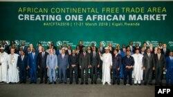 Les chefs d'Etat et de gouvernement participant au sommet de Kigali, Rwanda, le 21 mars 2018.