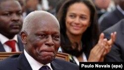 José Eduardo dos Santos et sa fille Isabel dos Santos à Luanda, en Angola, le 28 août 2012.